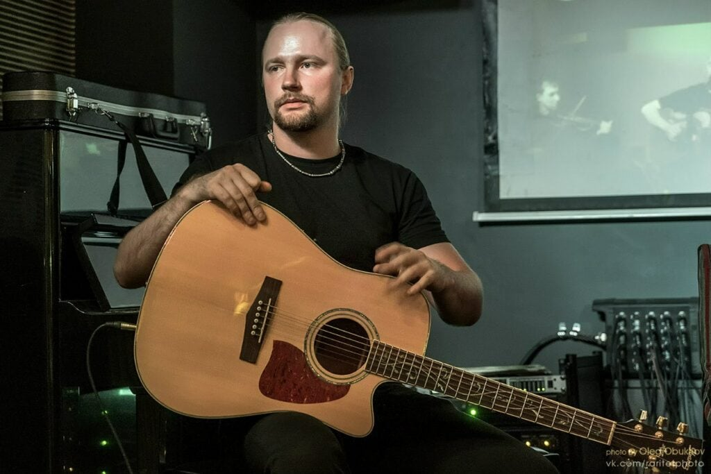 Кирилл Гладков - педагог по гитаре